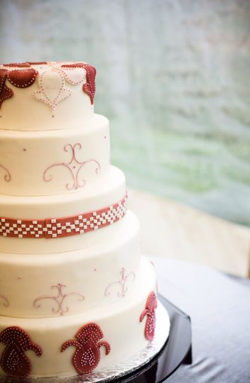Cake with red accents