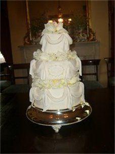 Tmx 1310484219097 227304csupload20034328 Natchez wedding cake