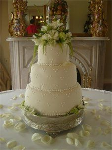 Tmx 1310484219643 227304csupload22531085 Natchez wedding cake