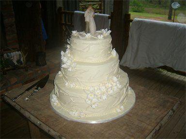 Tmx 1310484224073 384288csupload22531092 Natchez wedding cake