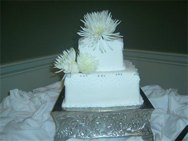Tmx 1310484225181 384288csupload31993973 Natchez wedding cake