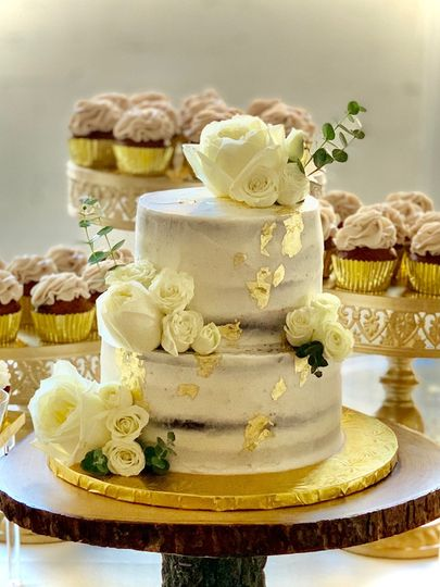 White roses and gold leaf.