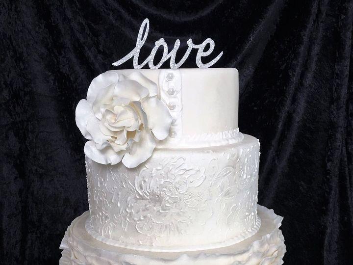 Tmx 957 Love Wedding Cake 51 1047863 Smithfield, VA wedding cake