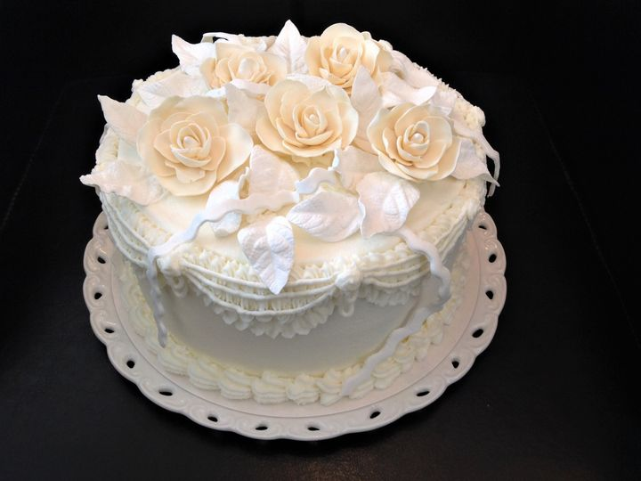 Tmx 968 Anniversary Roses Front 51 1047863 Smithfield, VA wedding cake