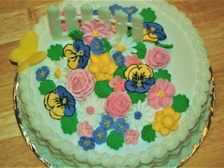 Tmx 976 Spring Flowers Butterfly Top 51 1047863 Smithfield, VA wedding cake