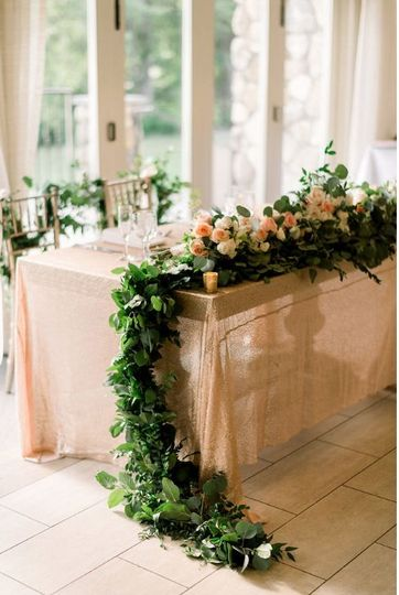 Indoor table decoration