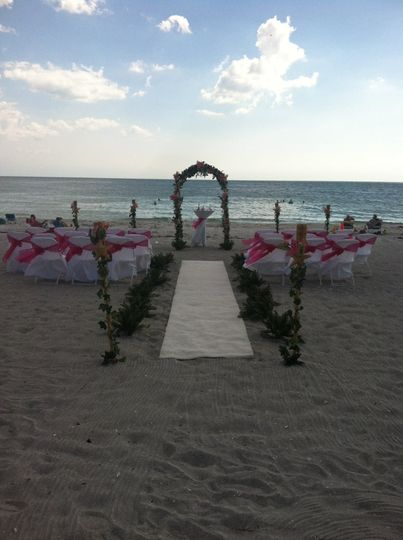 5 24BeachCeremony2