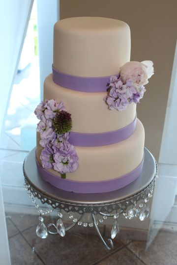 wedding cake miami purple