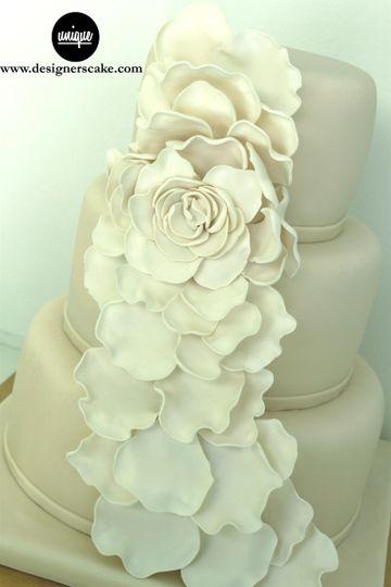wedding flower cake miami lr