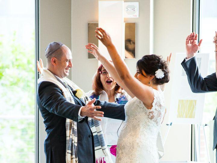 Tmx 0527 2405 Carpel Glass 51 1322963 157507578226323 Washington wedding officiant