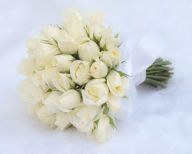 White rosebud bouquets