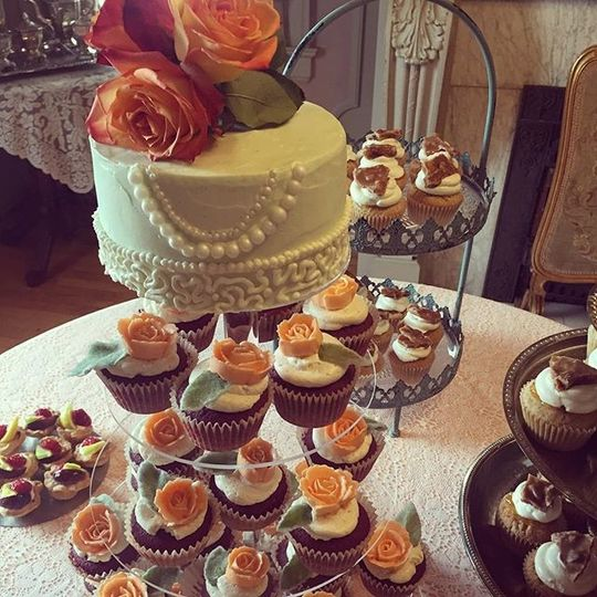 "TWFD signature designs, a custom 6"" wedding cake, and fresh seasonal fruit tartlets."