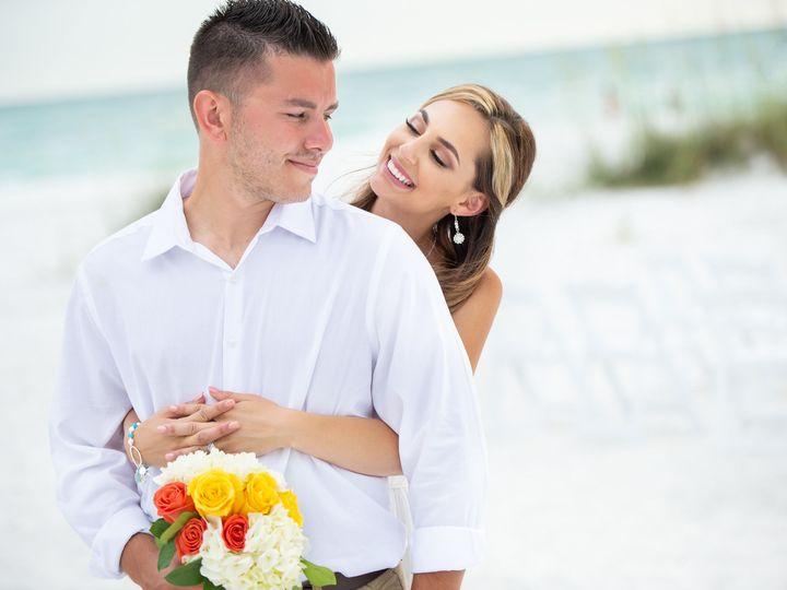 Tmx 1531758584 B72d4e56990881f7 1531758533 25996b707bd33ae2 1531758525336 19 Sandbar Restraunt Sarasota, FL wedding photography