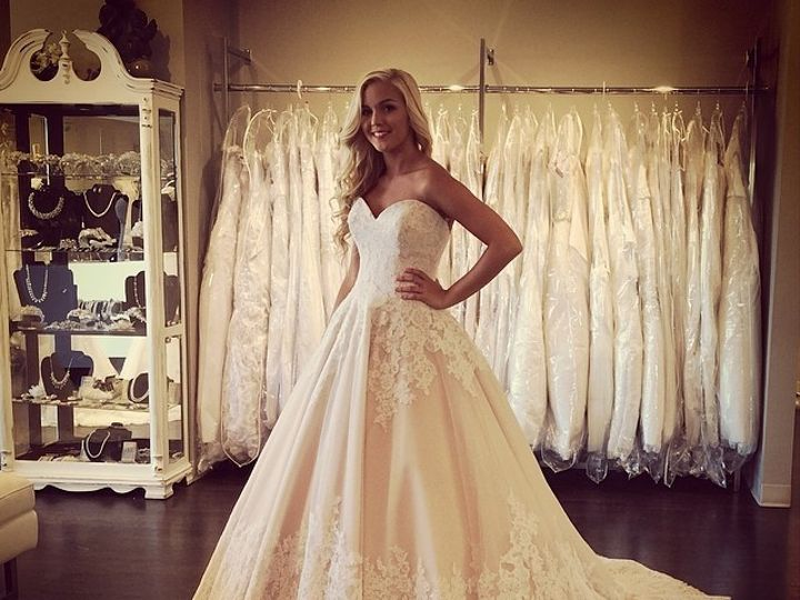 Tmx 1400701069425 1032653714132448856199501358049140 Oklahoma City wedding dress