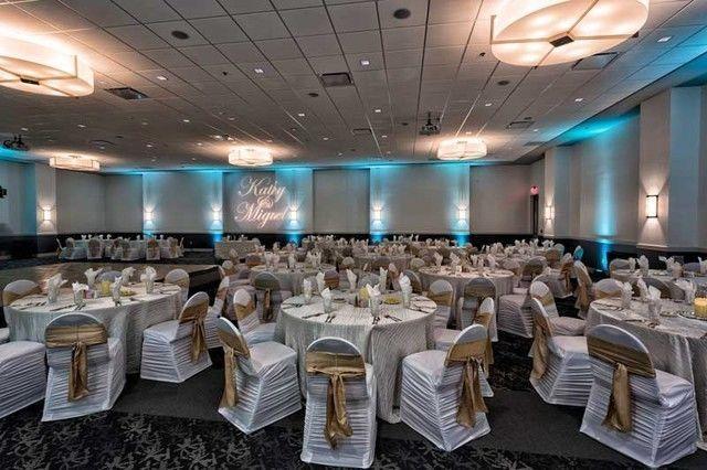 Red Oak Ballroom - San Antonio
