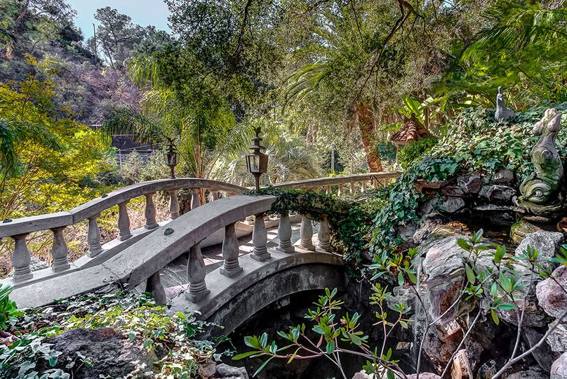 Photogenic love bridge