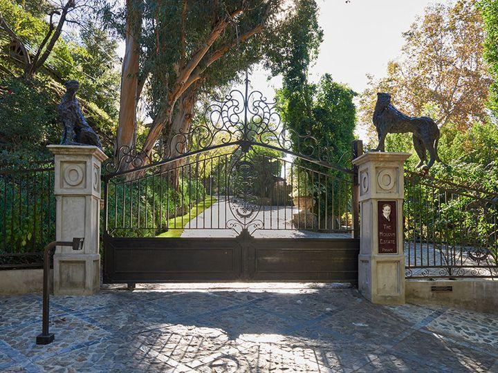 Tmx Houdini Gardens 109 W Plaque 51 1018963 V1 Los Angeles, CA wedding venue