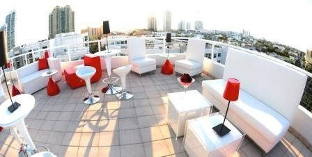Red's Rooftop Terrace has both a city and ocean view