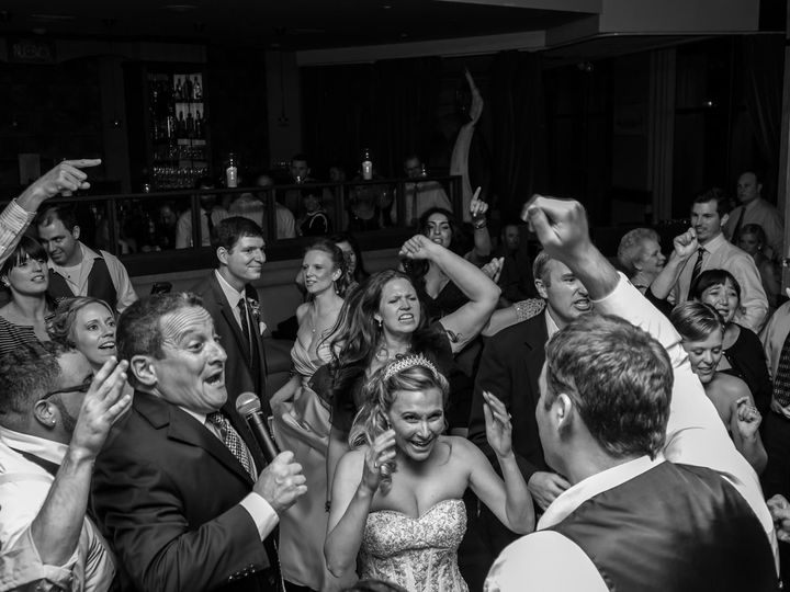 Tmx 1526377432 3fe337ce35d52cde 1526377430 3643286af27fd17a 1526377419748 7 Steve Singing W Br Providence, RI wedding band