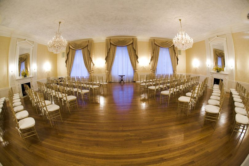 Grand salon ceremony | photo by Unveiled Weddings
