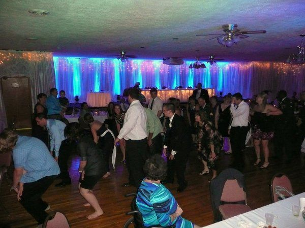 Posey DJ wedding reception and uplighting at the Beechwoods Golf Course in Reynoldsville, PA