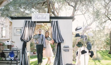 Vintage Photobooth Rentals 1