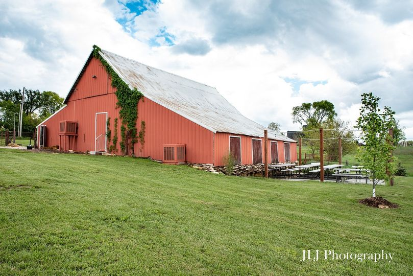 barn and patio by jlj photography 51 750173 1566775145