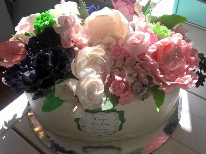 Tmx 1515783512 Daadaa3461b03c1c 1515783511 D2e753837f3c60e0 1515783513579 3 Sugar FLOWERS1 Fishers, Indiana wedding cake
