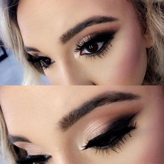 eyelashes and eyeshadow 51 1153173 159540161653074