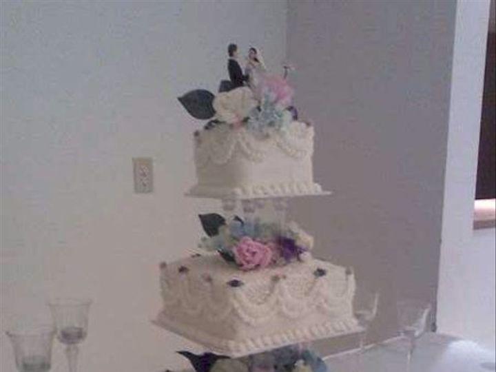 Tmx 1281487942033 0531081216a1 Fostoria wedding cake