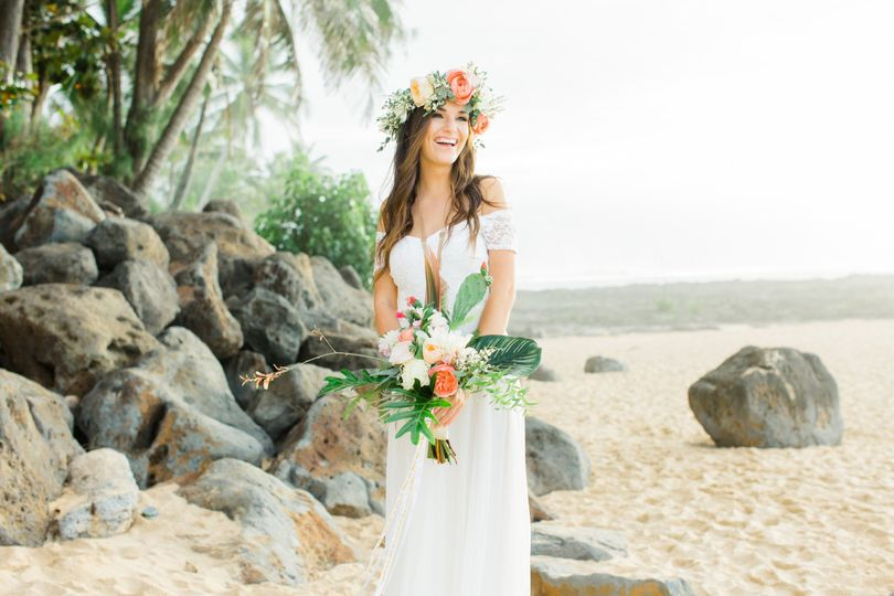 north shore hawaii coachella inspired elopement 19