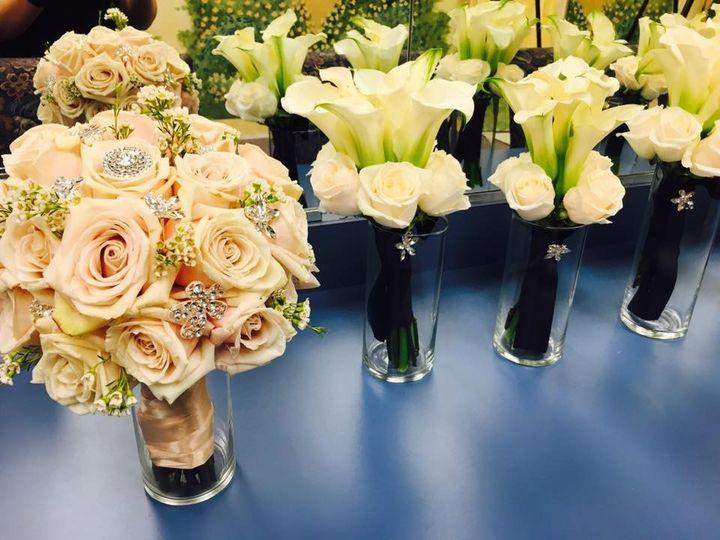 floral elegance 08 51 505173 1563878222
