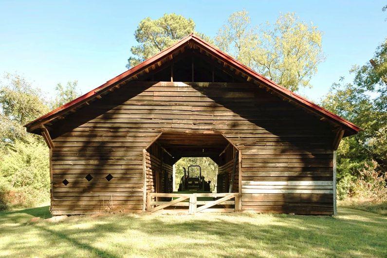 Barn for photos