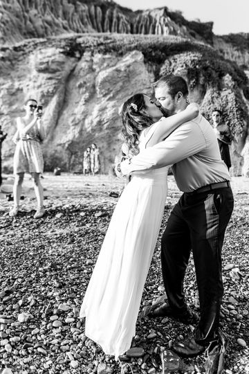 800x800 1504649780135 wedding photographer in malibu  4