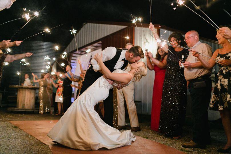 d8556d44788d9aa5 1516119380 841ea5d859212741 1516119366112 11 wedding photograp