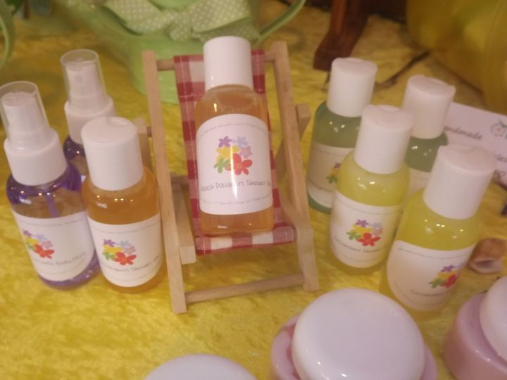 Travel sized handmade bath and shower gel - labels can be personalized