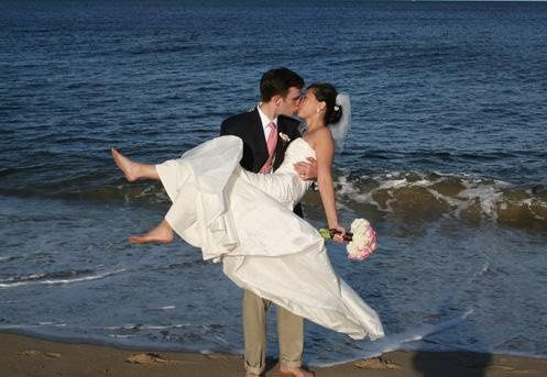 Bride and groom on Plum Island, Newbury MA