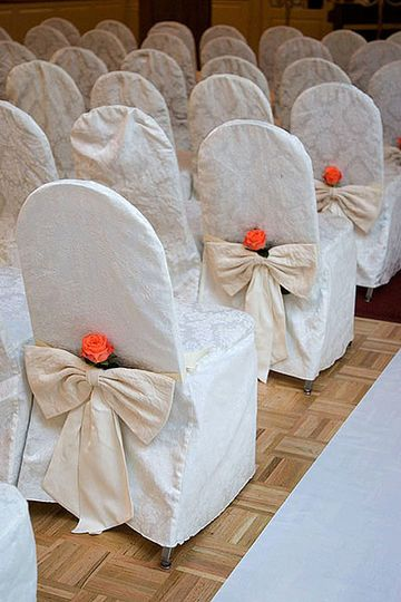 chairs for ceremony with rose