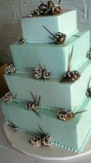pine cone wedding cake