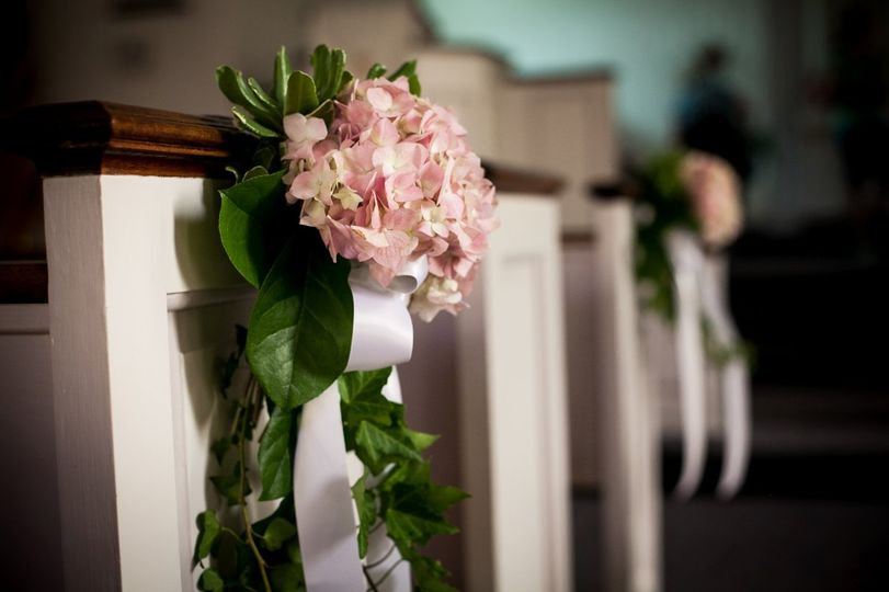 fantastic flowers flowers glen burnie md weddingwire. Black Bedroom Furniture Sets. Home Design Ideas