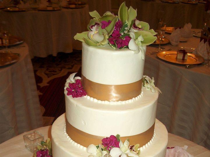 Tmx 1530581703 E8208e5c5ab02b08 1530581701 F04cfb96723c6da7 1530582142778 10 HPIM2373 Glen Burnie wedding florist