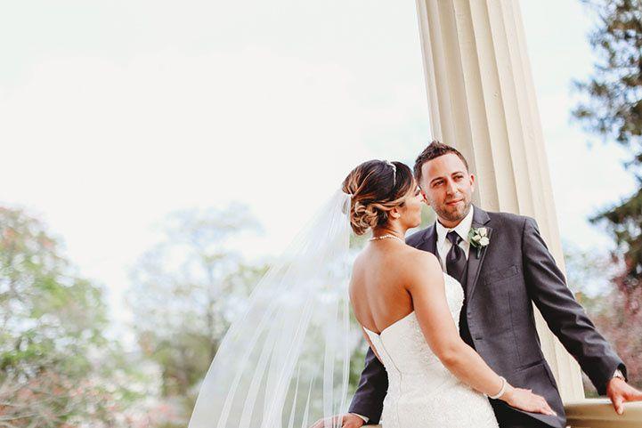 Gorgeous wedding pose