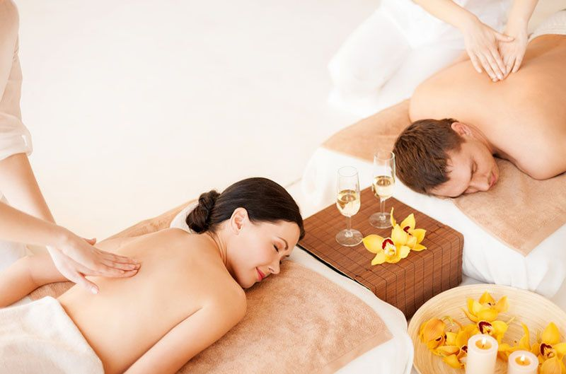 travel romance couples massage