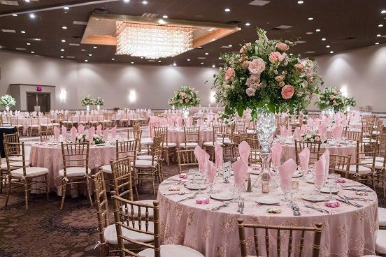 Tmx 1539272734 Aa41c3f348a85626 1539272733 E80f40b2262c52b1 1539272720952 5 Copy Of 7.14.18 40 Livonia, MI wedding venue