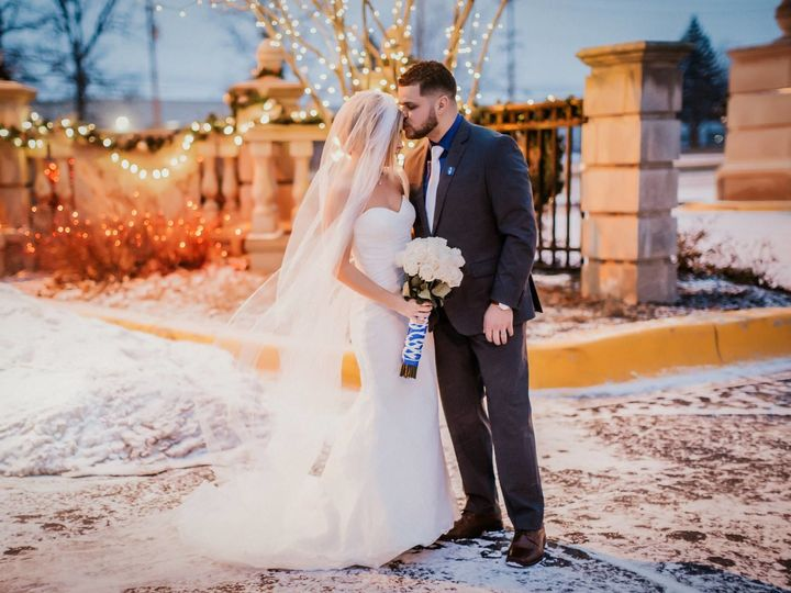 Tmx 1539272742 6e3cc45ea07bc871 1539272740 84f882e81c76ef04 1539272720983 18 TOP Winter Weddin Livonia, MI wedding venue