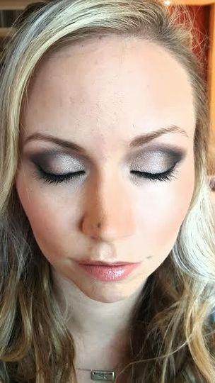 Smoke eye makeup