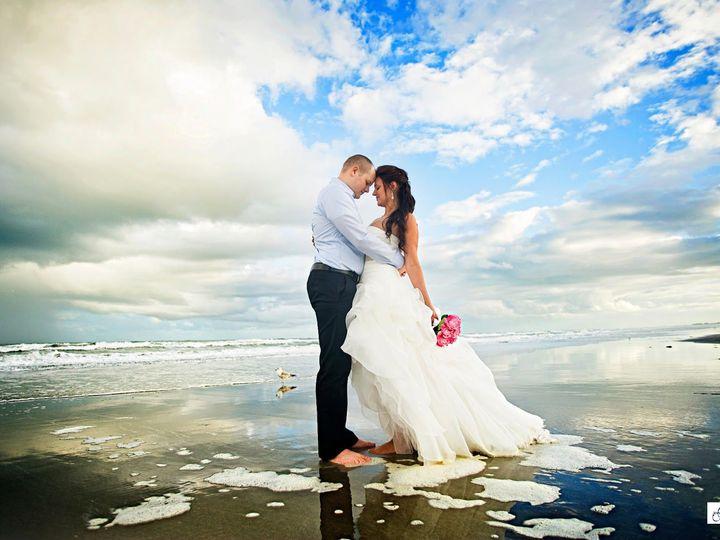 Tmx 1526998335 7d51d082806a60f6 1526998334 0deb0dcf2b33b84d 1526998334733 1 128x10 Copy Cocoa Beach, FL wedding venue