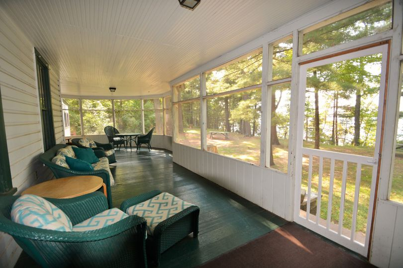 Large porch in cabin f