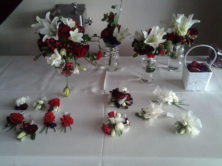 Lady bug florist flowers puyallup wa weddingwire lady bug florist 20130810100956 izmirmasajfo