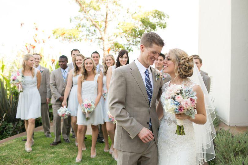 Big bridal party.